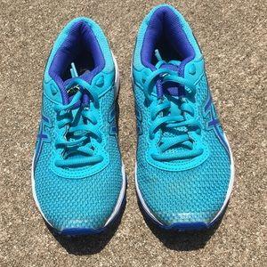ASICS girl's running shoes